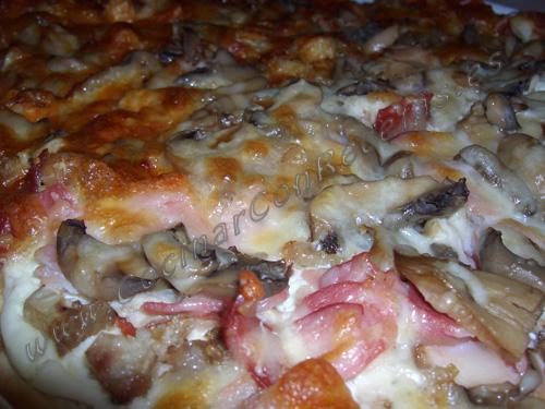 COCINAR-CON-RECETAS-PIZZAS-PIZZA-MITAD-CARBONARA-MITAD-BARBACOA-2.JPG copia